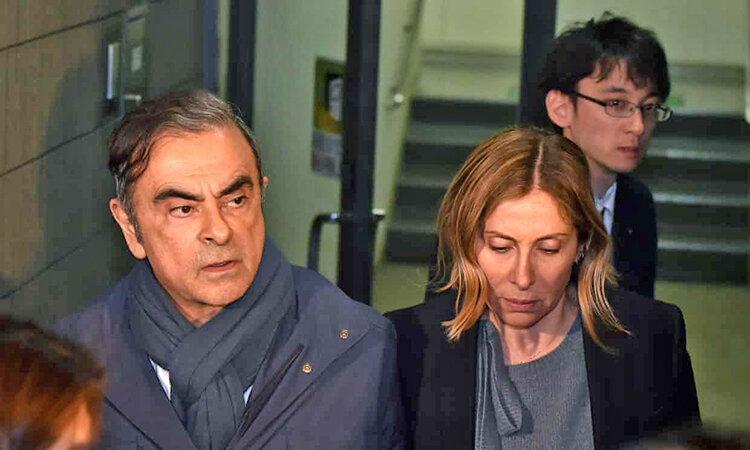 بحران امنیتی در ژاپن و ترکیه ، اعلان قرمز اینترپل برای بازداشت رئیس فراری نیسان