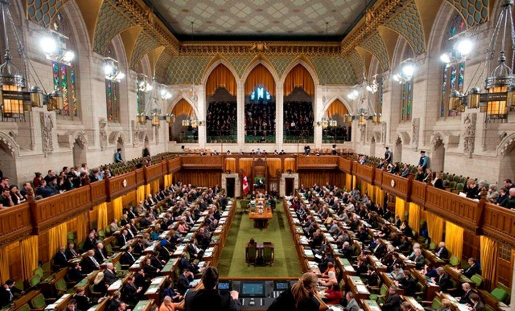 خبرنگاران انتقاد رسانه کانادایی از انفعال مجلس در قبال حادثه سقوط هواپیما