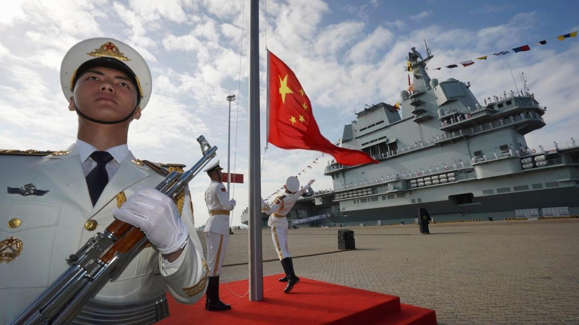 خبرنگاران منطقه شناسایی دفاعی هوایی چین برفراز دریای جنوبی