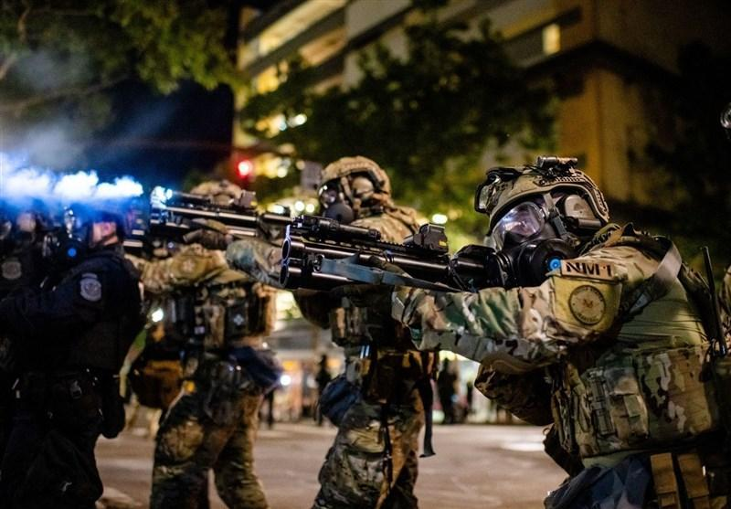 جنجال درباره اقدام وزارت امنیت داخلی آمریکا علیه خبرنگارانی که اعتراضات را پوشش می دهند