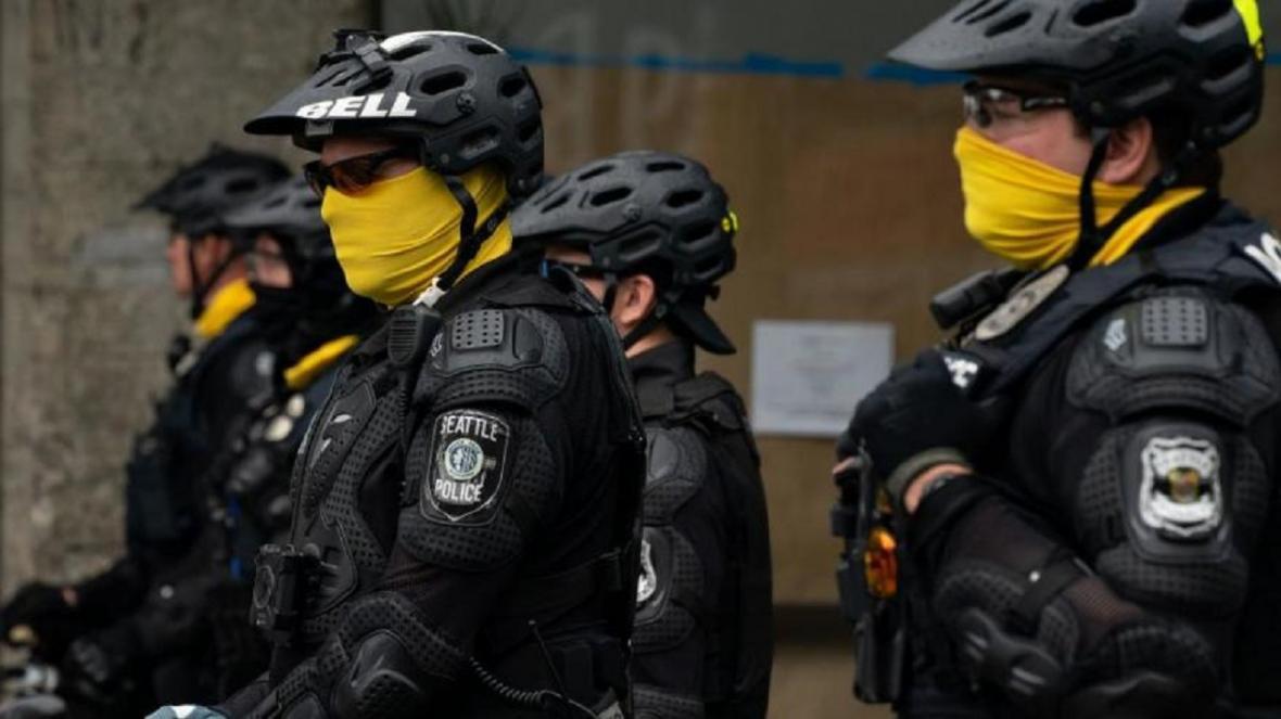 شهروندان آمریکایی به پلیس کشورشان اعتماد ندارند