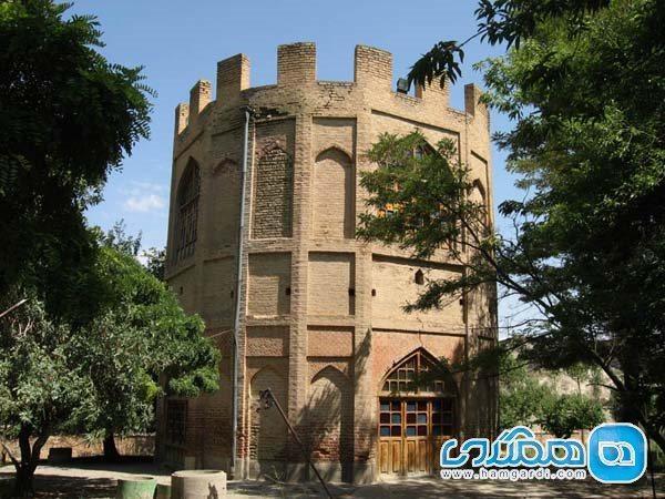 برج خلعت پوشان تبریز؛ بنایی شگفت انگیز در آذربایجان شرقی