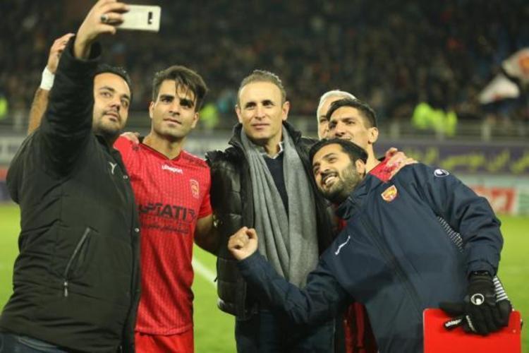 ماجرای عجیب حضور مدافع جدید استقلال در باشگاه پرسپولیس
