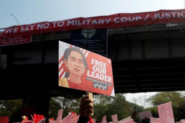 ادامه ناآرامی های میانمار؛ معترضان خطوط ریلی را بستند