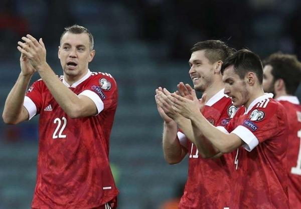 مقدماتی جام جهانی 2022، پیروزی روسیه با گل های هم تیمی آزمون