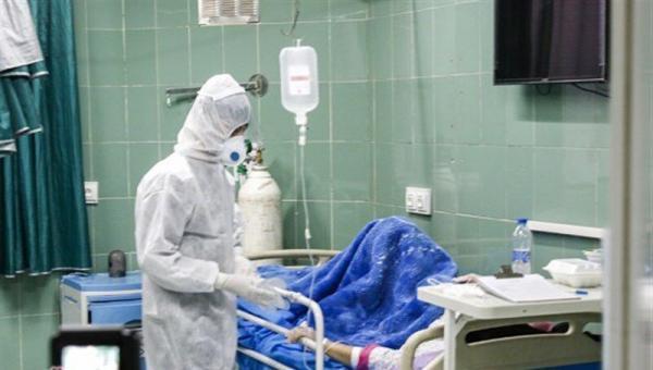 خبرنگاران ظرفیت بیمارستان دزفول در سایه بی توجهی به پروتکل ها درحال تکمیل است