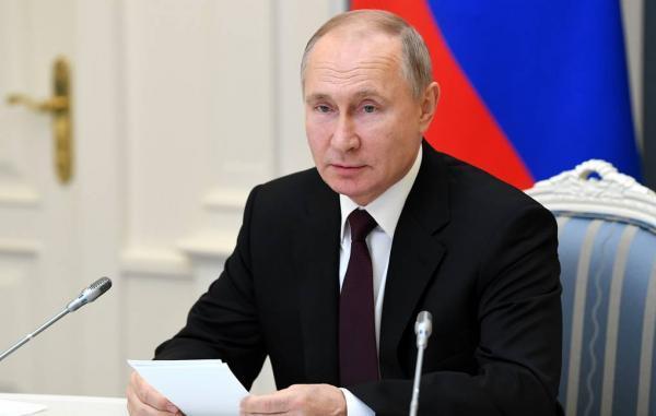 انتشار لیست اموال ولادیمیر پوتین، 2 آپارتمان ؛ 2 ماشین قدیمی و 131 هزار دلار برای یک سال