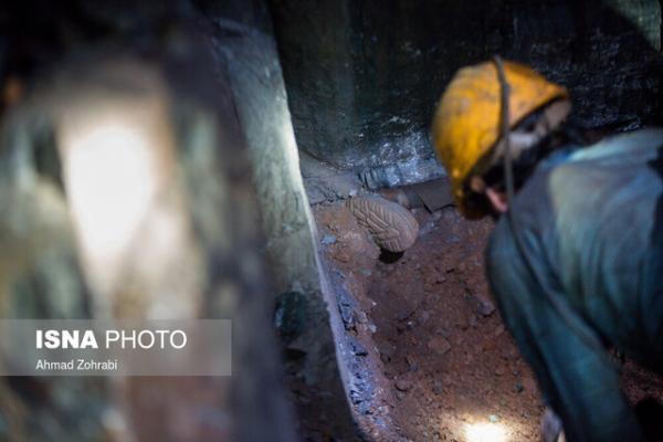 اکسیژن رسانی به معدنچیان گرفتار، عدم دسترسی به معدنکاران طزره
